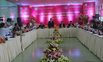 Cổng TTĐT Nghệ An: Ký kết hợp tác đào tạo, tuyển dụng lao động và tọa đàm đào tạo nguồn nhân lực