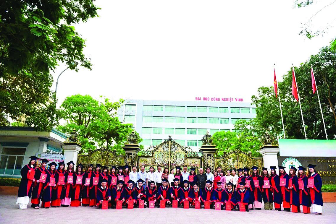 Trường Đại học Công nghiệp Vinh: Phát triển nguồn nhân lực chất lượng vùng Bắc Trung Bộ