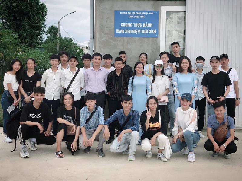 Chương trình học tập, trải nghiệm thực tế – Một hoạt động đầy ý nghĩa và bổ ích của Tân sinh viên tại IUV