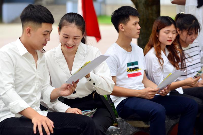 Đại học Công nghiệp Vinh: Nhiều hoạt động hỗ trợ tân sinh viên nhập học...