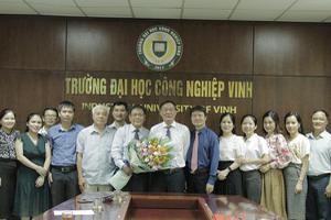 Trường Đại học Công nghiệp Vinh bổ nhiệm Tân Trợ lý Hiệu...