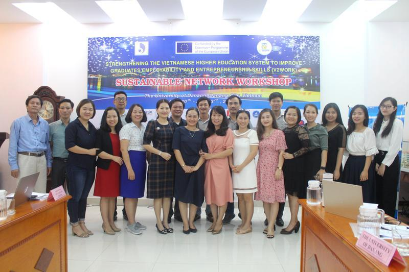 Trường Đại học Công nghiệp Vinh tham gia Hội thảo Phát triển mạng lưới...