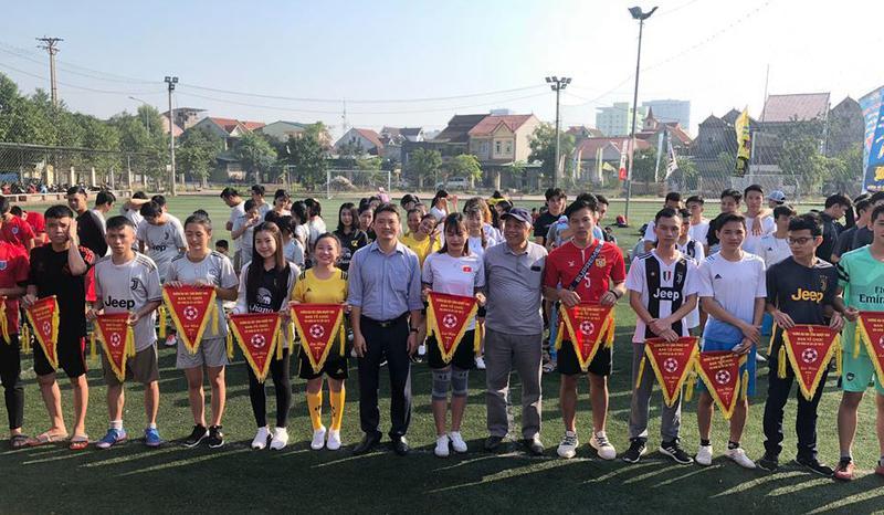Khai mạc giải bóng đá truyền thống IUV lần thứ IV chào mừng ngày nhà giáo Việt Nam 20 - 11