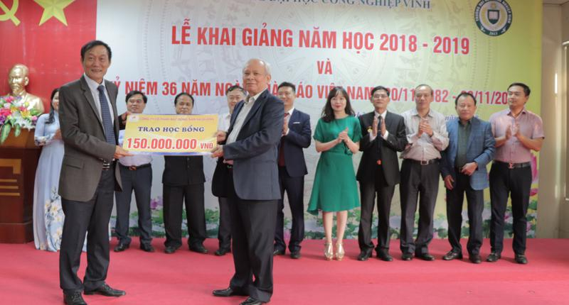Lễ khai giảng năm học 2018 - 2019 và kỷ niệm 36 năm ngày Nhà giáo Việt Nam (20/11/1982 - 20/11/2018)